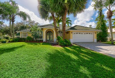 121 Cypress Crescent Royal Palm Beach FL 33411