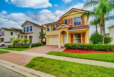 300 Belle Grove Lane Royal Palm Beach FL 33411