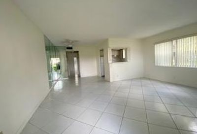 49 Dorchester C West Palm Beach FL 33417