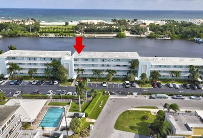 2772 NE 30th Avenue Lighthouse Point FL 33064