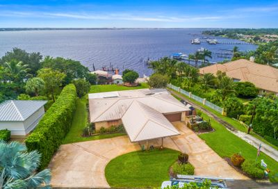 2126 NE River Court Jensen Beach FL 34957