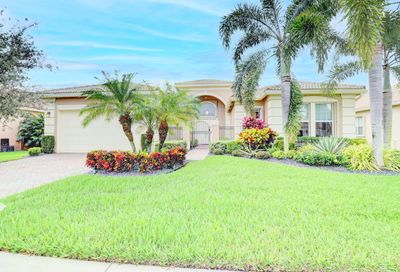 10468 Whitewind Circle Boynton Beach FL 33473