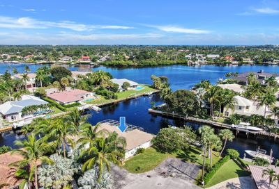 27 Leeward Circle Tequesta FL 33469