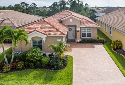 1672 NW Old Oak Terrace Jensen Beach FL 34957