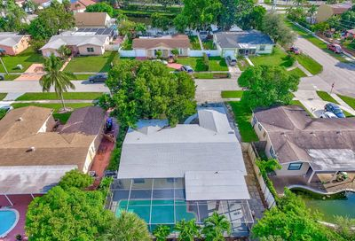 6371 SW 10 Court North Lauderdale FL 33068