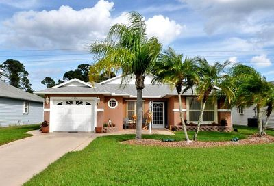6006 Travelers NW Way Fort Pierce FL 34982