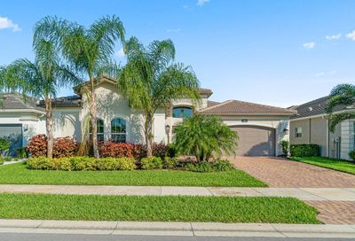 9036 Golden Mountain Circle Boynton Beach FL 33473