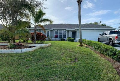 612 SE Dean Terrace Port Saint Lucie FL 34984