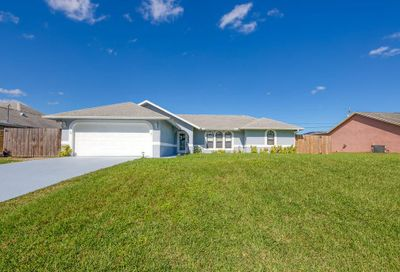 2305 SW Kent Circle Port Saint Lucie FL 34953