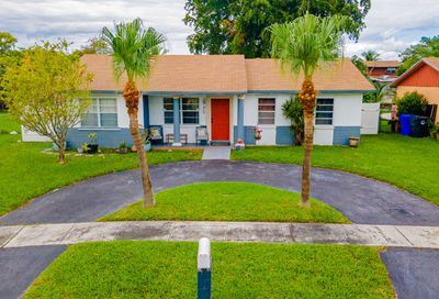 707 SW 79 Avenue North Lauderdale FL 33068