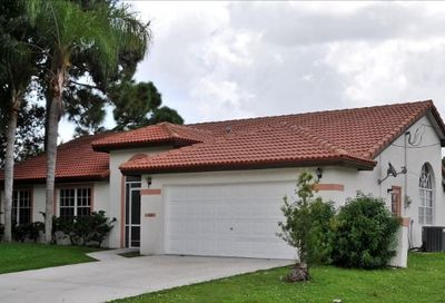 102 NE Twylite Terrace Port Saint Lucie FL 34953