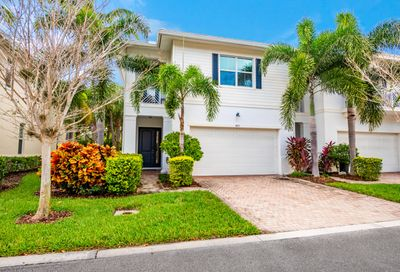 4033 Kingston Lane Palm Beach Gardens FL 33418