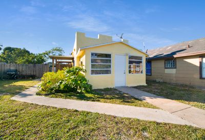 315 S D Street Lake Worth FL 33460