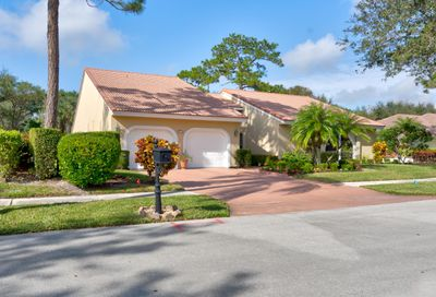 2713 NW 29th NW Avenue Boca Raton FL 33434