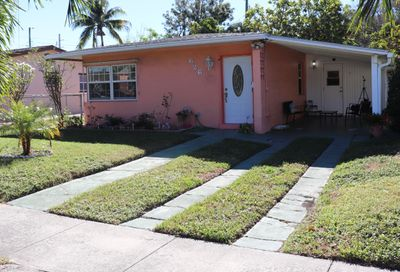 626 Hunter Street West Palm Beach FL 33405