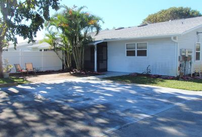 9055 SE Hobe Ridge SE Avenue Hobe Sound FL 33455