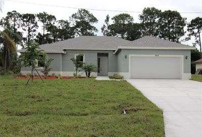 986 SE Browning Avenue Port Saint Lucie FL 34953