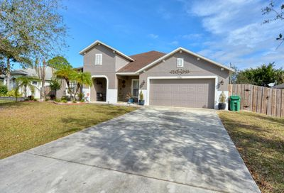 1761 SW Bradway Lane Port Saint Lucie FL 34953