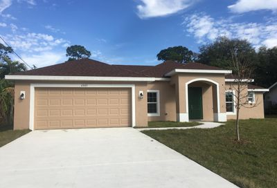 2365 SE Gillette Avenue Port Saint Lucie FL 34952