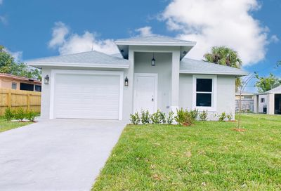 515 Independence Road West Palm Beach FL 33405