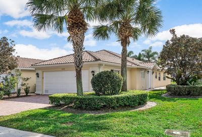 5075 Magnolia Bay Circle Palm Beach Gardens FL 33418