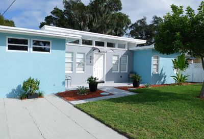 824 S 7th Street Fort Pierce FL 34950