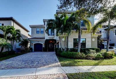 8652 Lewis River Road Delray Beach FL 33446