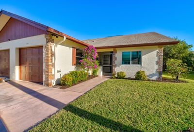 127 Moccasin S Trail Jupiter FL 33458