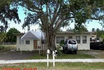 6221-6223 SW 39th Court Davie FL 33314