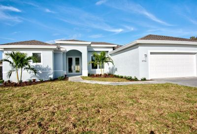 2209 SW Elmwood Avenue Port Saint Lucie FL 34953