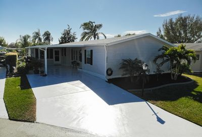 3805 Pebble Beach Lane Port Saint Lucie FL 34952