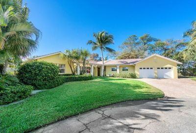 800 Tangerine Way Gulf Stream FL 33483