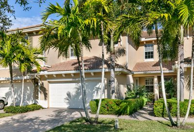 5081 Dulce Court Palm Beach Gardens FL 33418