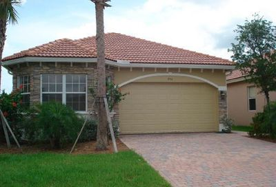 930 NW Leonardo Circle Port Saint Lucie FL 34986