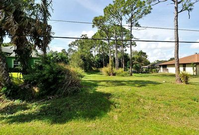 Hickory Drive Fort Pierce FL 34982