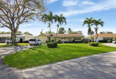 4194 Honeysuckle Avenue Palm Beach Gardens FL 33410