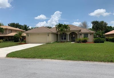 1205 SW Live Oak Cove Port Saint Lucie FL 34986