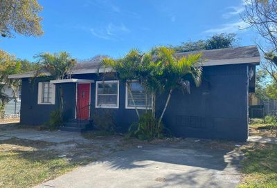 1407 Delaware Avenue Fort Pierce FL 34950