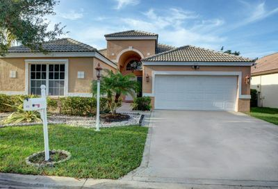 272 NW 116th Lane Coral Springs FL 33071