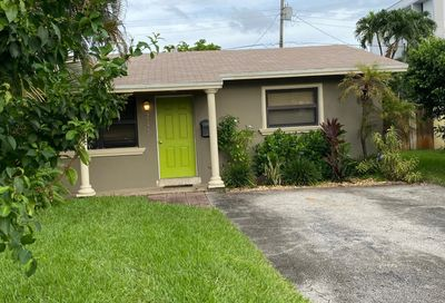2124 NW 2nd Avenue Wilton Manors FL 33311