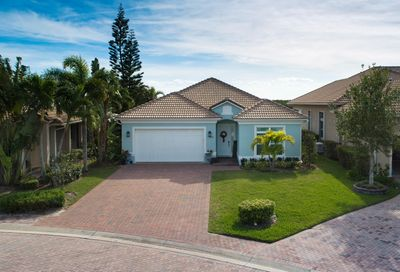 1828 Wildcat Cove Hutchinson Island FL 34949