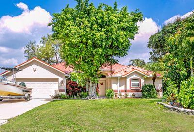 274 SW Dalton Circle Port Saint Lucie FL 34953