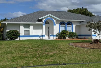 719 SW Dalton Circle Port Saint Lucie FL 34953
