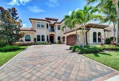 8285 Hawks Gully Avenue Delray Beach FL 33446