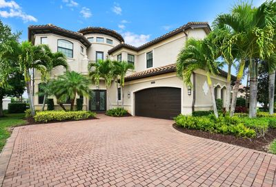 8247 Lost Creek Lane Delray Beach FL 33446