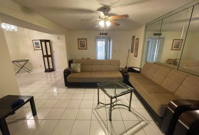 3524 Via Poinciana 103 Lake Worth FL 33467