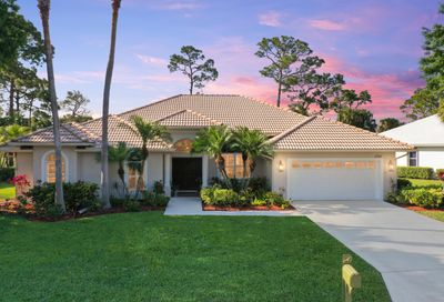 1722 SW Mockingbird Drive Port Saint Lucie FL 34986