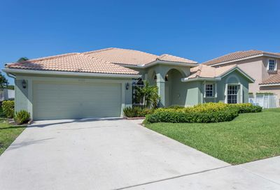 5625 Marseilles Port Lane Boynton Beach FL 33472