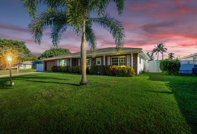 1371 SW 26th Avenue Boynton Beach FL 33426