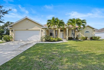 1097 SW Estaugh Avenue Port Saint Lucie FL 34953